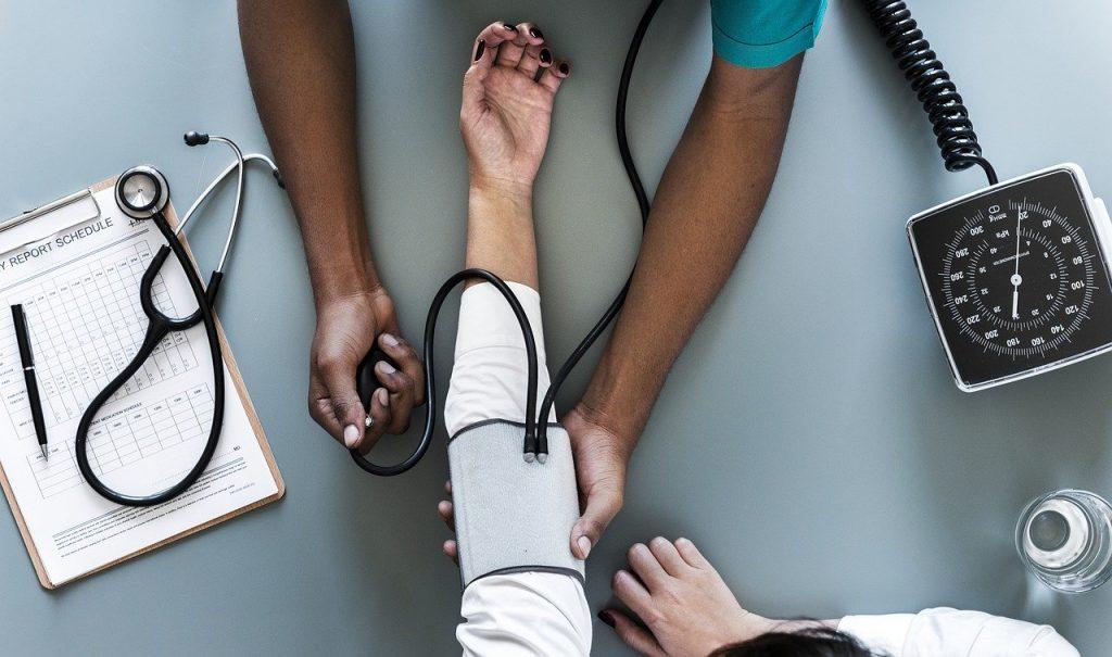 vantagens de um bom pós-atendimento na sua clínica